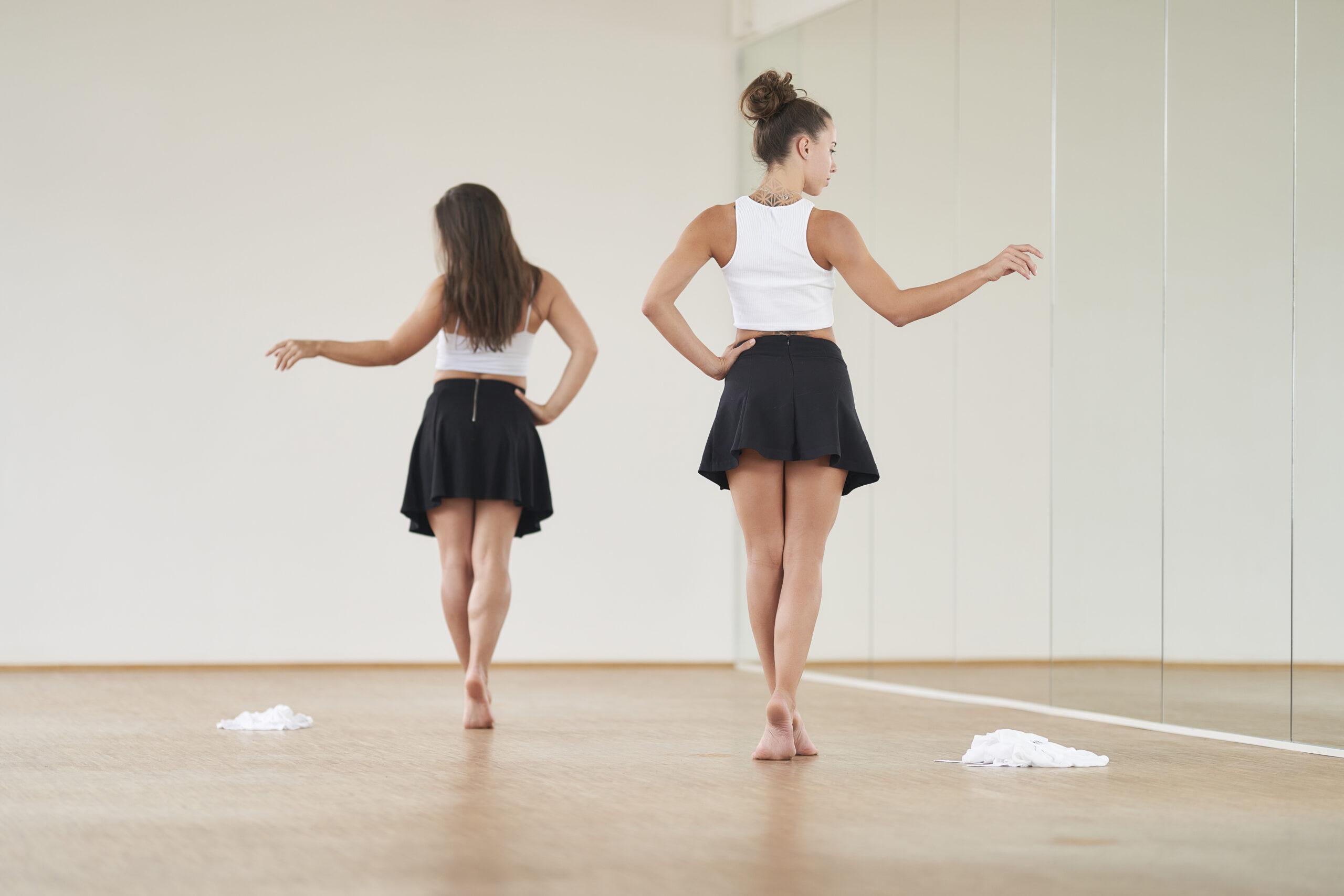 munich-poledance-tease-cover-01